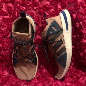 Adidas Womens Arkyn Asphea